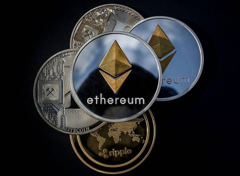 cryptocurrency-3409658_960_720